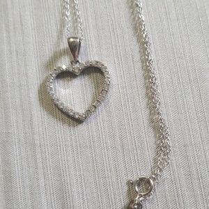Stunning sterling silver Italy CZ necklace
